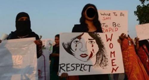 L'incredibile sentenza: ventenne condannata ad essere stuprata
